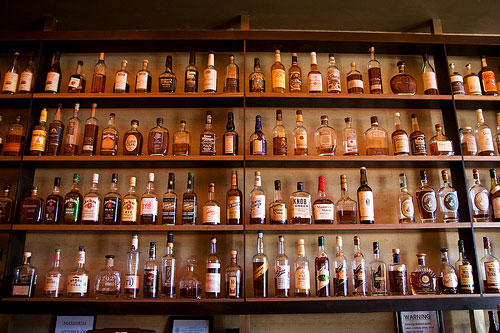 Can I Eat It takes a look at some of the leading whiskys and lets you know which one to buy.